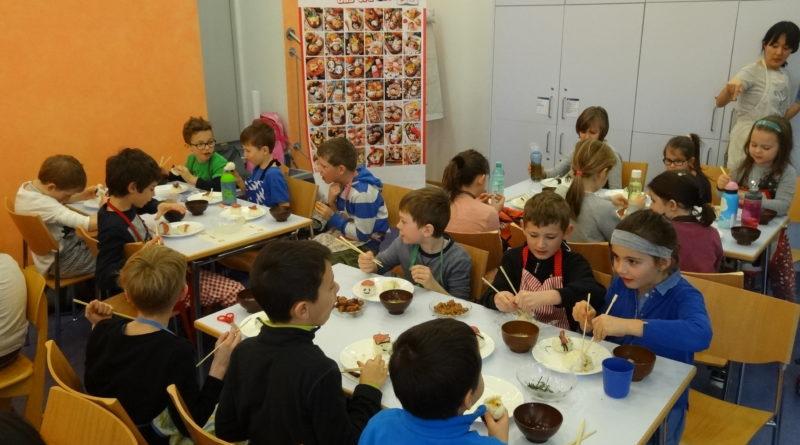 Japansiche Essenskultur in der Schule erleben